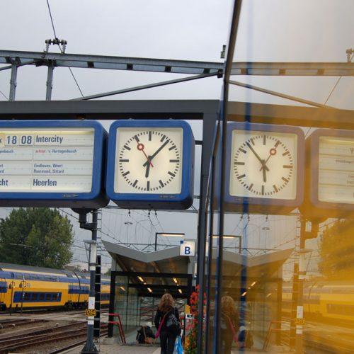 Openbaar-vervoer-NS-trein-EFFanders